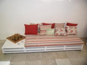 Como-fazer-um-sofa-de-pallets4