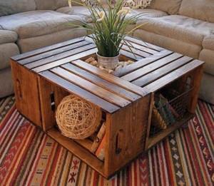 15-ideias-para-reutilizar-caixotes-de-madeira-na-decoracao-mesa-de-centro