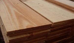 As-madeiras-mais-indicadas-para-construcao-de-telhado-aroeira
