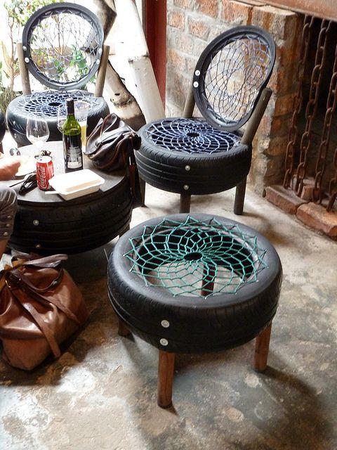 10-Ideias-para-reutilizar-o-pneu-na-decoracao-de-casa-bancosepuffs4